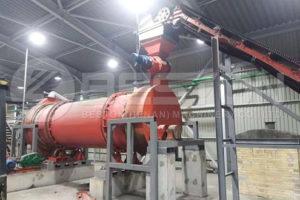 Máquina de fazer carvão de madeira na Ucrânia