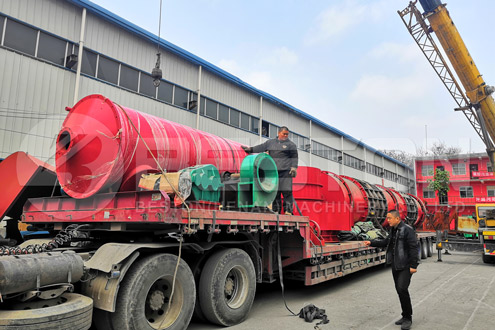 Shipment of Wood Chips Charcoal Making Machine