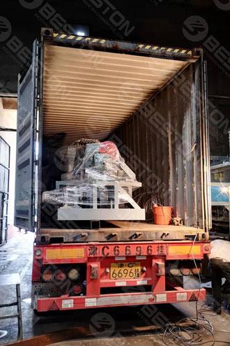 BTF4-4 Beston Машина для изготовления лотков для бумажных стаканов отправлена в Колумбию