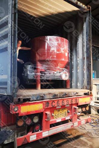 Машина для изготовления подносов для бумажных стаканчиков отправлена в машину для изготовления подносов для кофейных чашек
